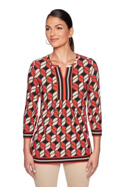 Image: Plus Geo Puff Tunic