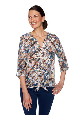 Image: Plus Spotted Weave Print Top