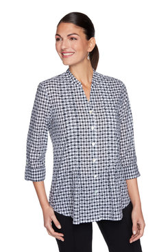 Image: Textured Gingham Button-Up Top